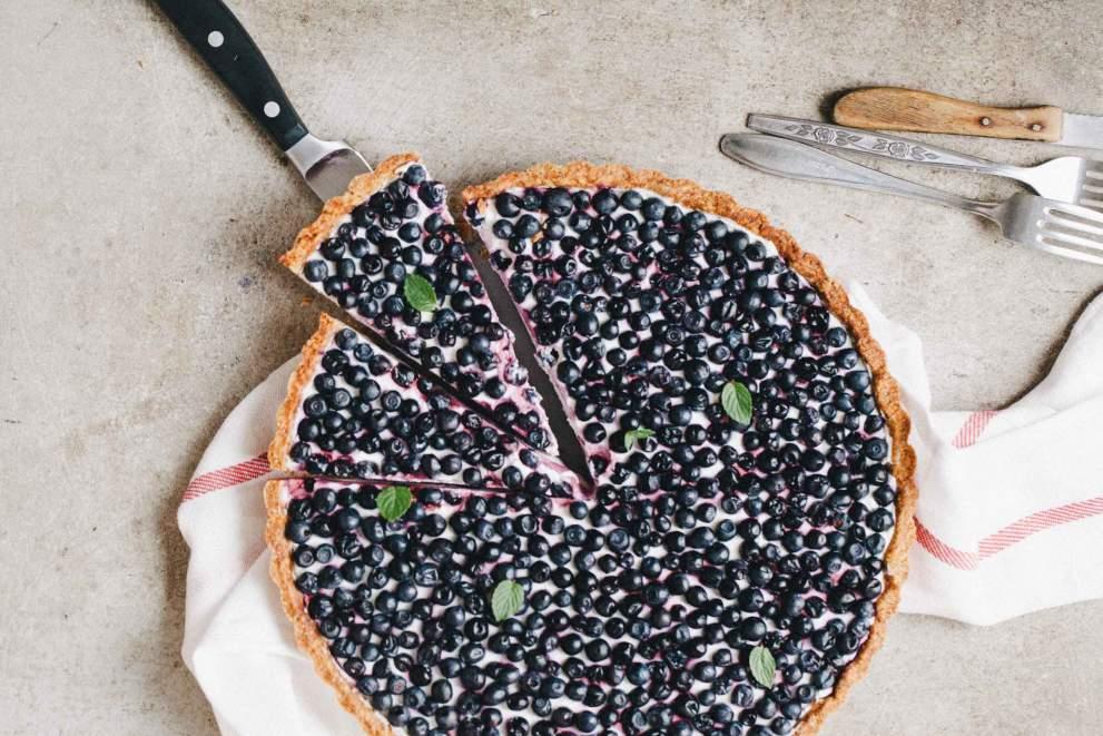 Homemade Blueberry Tart with Light Cream